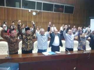 Pimpinan DPR Tandingan yang dibentuk Koalisi Indonesia Hebat. (detik.com)