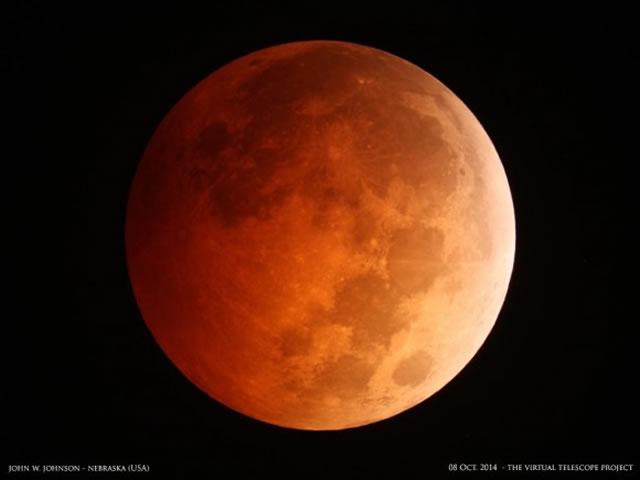 gerhana-bulan-2014-10-08-01