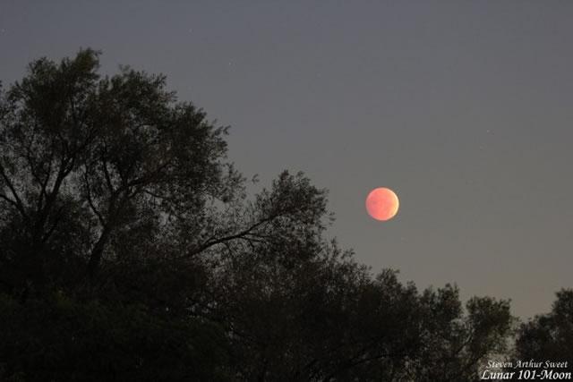 gerhana-bulan-2014-10-08-03