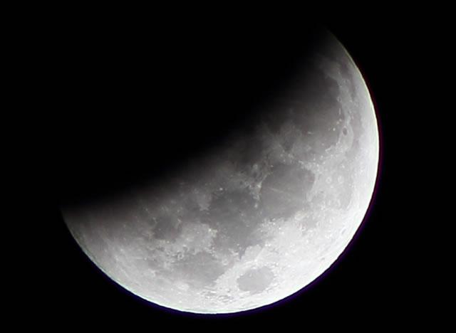 gerhana-bulan-2014-10-08-06