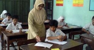 Guru SMP (tribunnews.com)