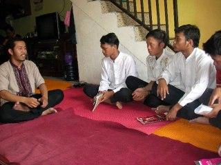 Ilustrasi - Saat mentoring di Cipayung. (Ridwan Akbar)