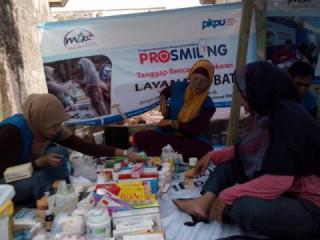 PKPU bersama MT XL membantu korban kebakaran di komplek TNI Berland, Kel. Kebon Manggis Matraman. (dita/kis/pkpu)