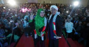 Melly Goeslow dan Opik semarakkan konser amal untuk Palestina yang diselenggarakan KNRP (tribunnews.com)