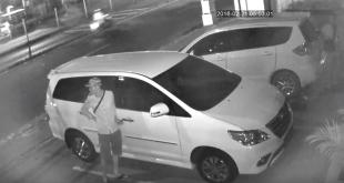 Mobil Syaikh Ali dicuri. (youtube)