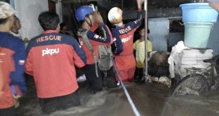 Tim Rescue PKPU pada banjir Yogyakarta (istimewa)