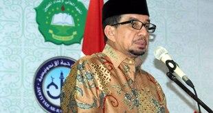 Salim Segaf Al-Jufri saat Wisuda Penghafal Al-Quran dan Pelepasan Dai Nusantara, di Mahad Aly An-Nuaimy, Kamis (26/5/2016). (Muhaimin Ibnu Aziz)