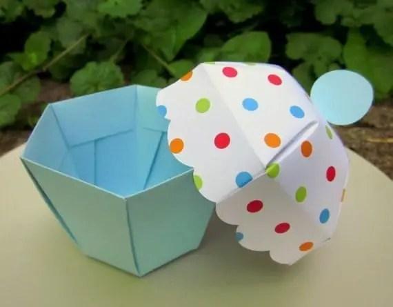 caja con forma de cupcake