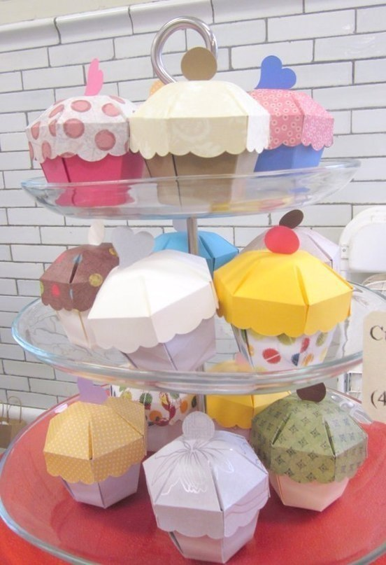caja con forma de cupcake3