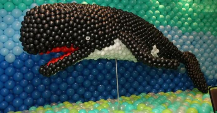 globo ballena