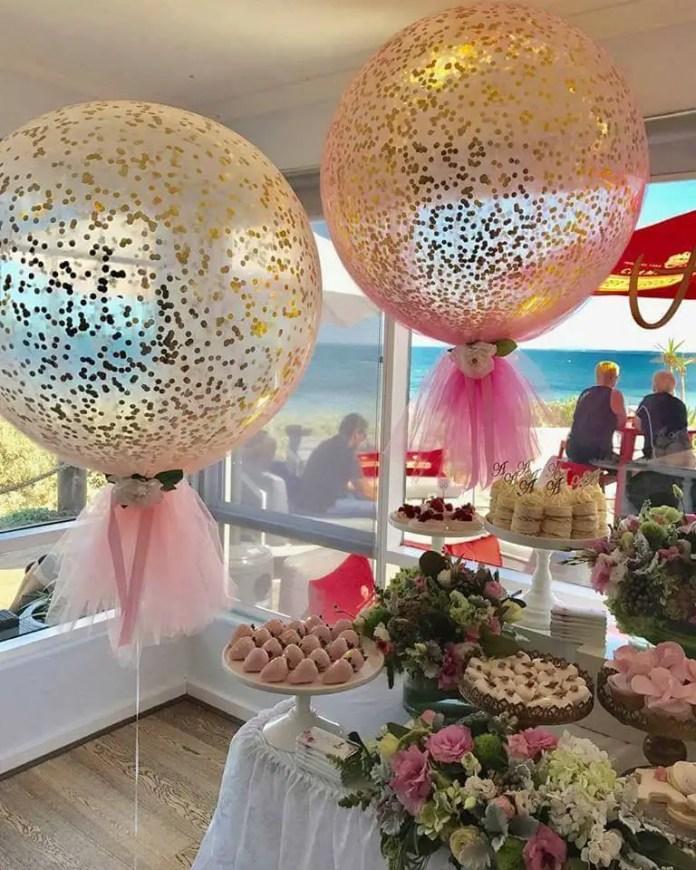 Decoraciones con globos y tul dale detalles for Decoracio es