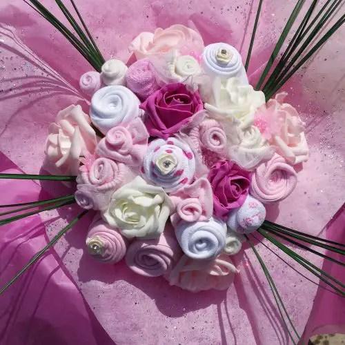 bouquet con ropa de bebe17