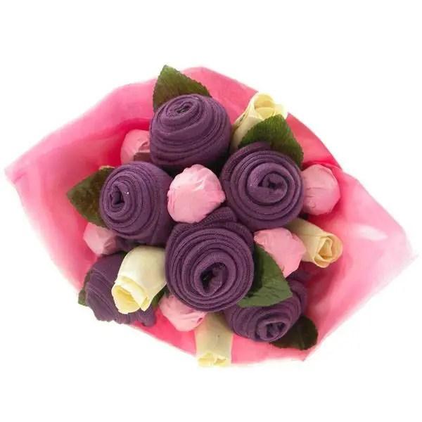 bouquet con ropa de bebe5