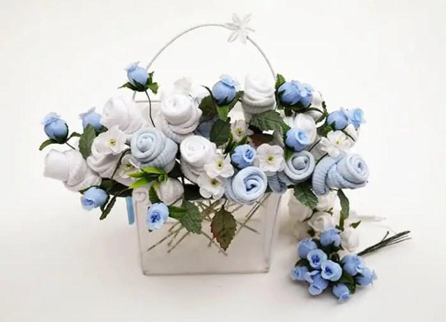 bouquet con ropa de bebe7