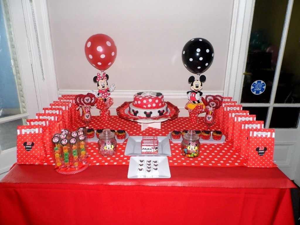 Minnie Y Mickey Mouse, Fiesta Infantil
