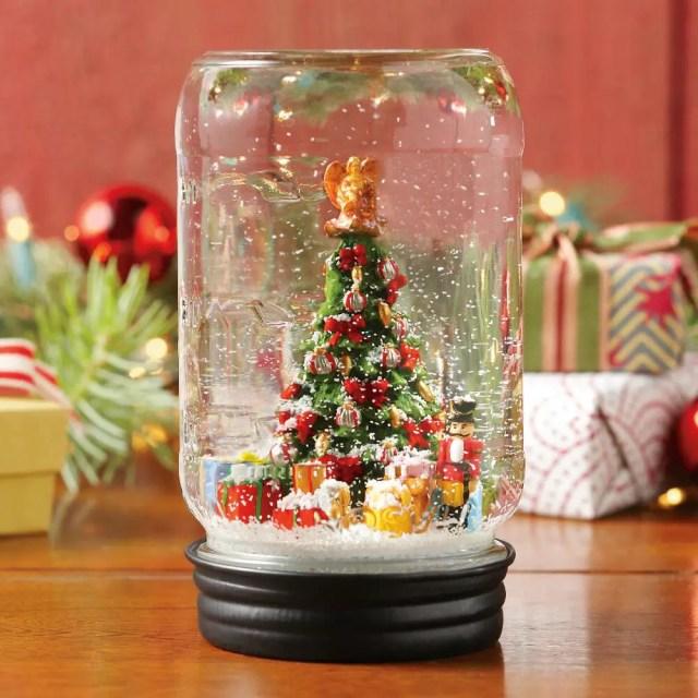 globo-de-nieve-con-frasco-de-vidrio