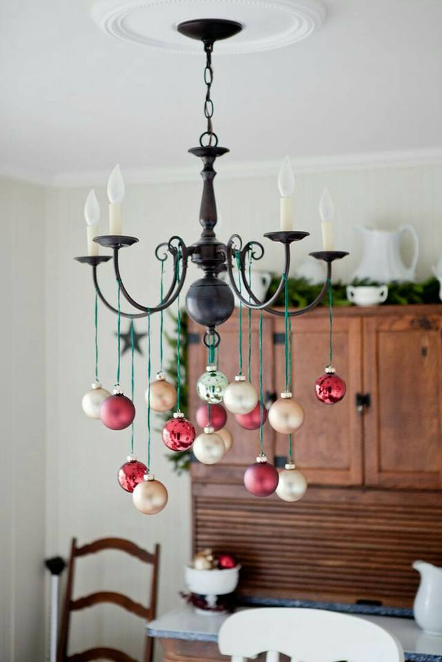decorar-lamparas-de-techo-en-navidad1