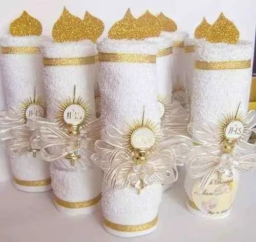 Souvenirs para bautizos o primera comuni n con toallas for Adornos con toallas