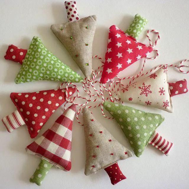 Arbolitos o pinos navide os con tela dale detalles - Detalles de navidad manualidades ...