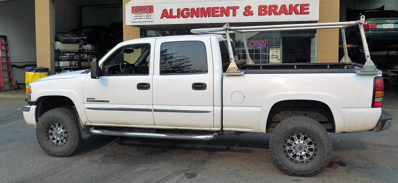 GMC Sierra in for a TRUXXX Level off Kit, FOX Shocks, Cognito Arms and ……