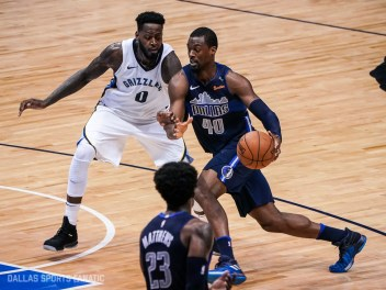 Dallas Sports Fanatic (17 of 20)
