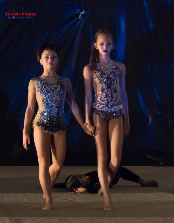 Ритимческая гимнастика в Далласе, Элла Разина