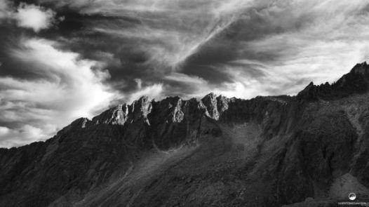 Nuvole e Montagne by Alberto Bregani