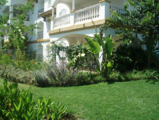 4 Bedroom Apartment Nueva Andalucia – 349,500 euros
