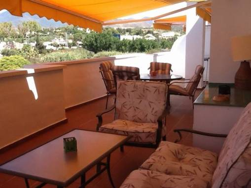 2 Bedroom Middle Floor for Sale – 380,000 euros