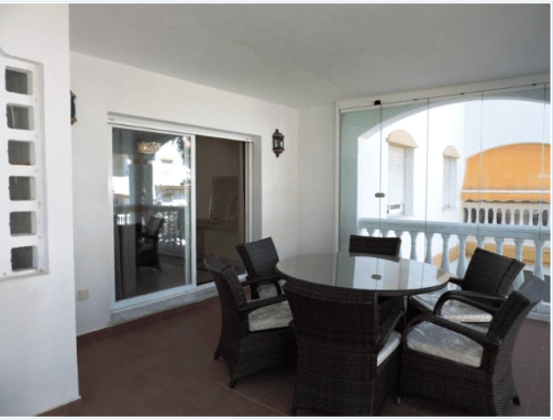 2 bedroom middle floor apartment – 240,000 euros