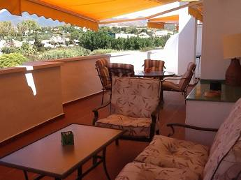 2 bedroom middle floor apartment – 380,000 euros