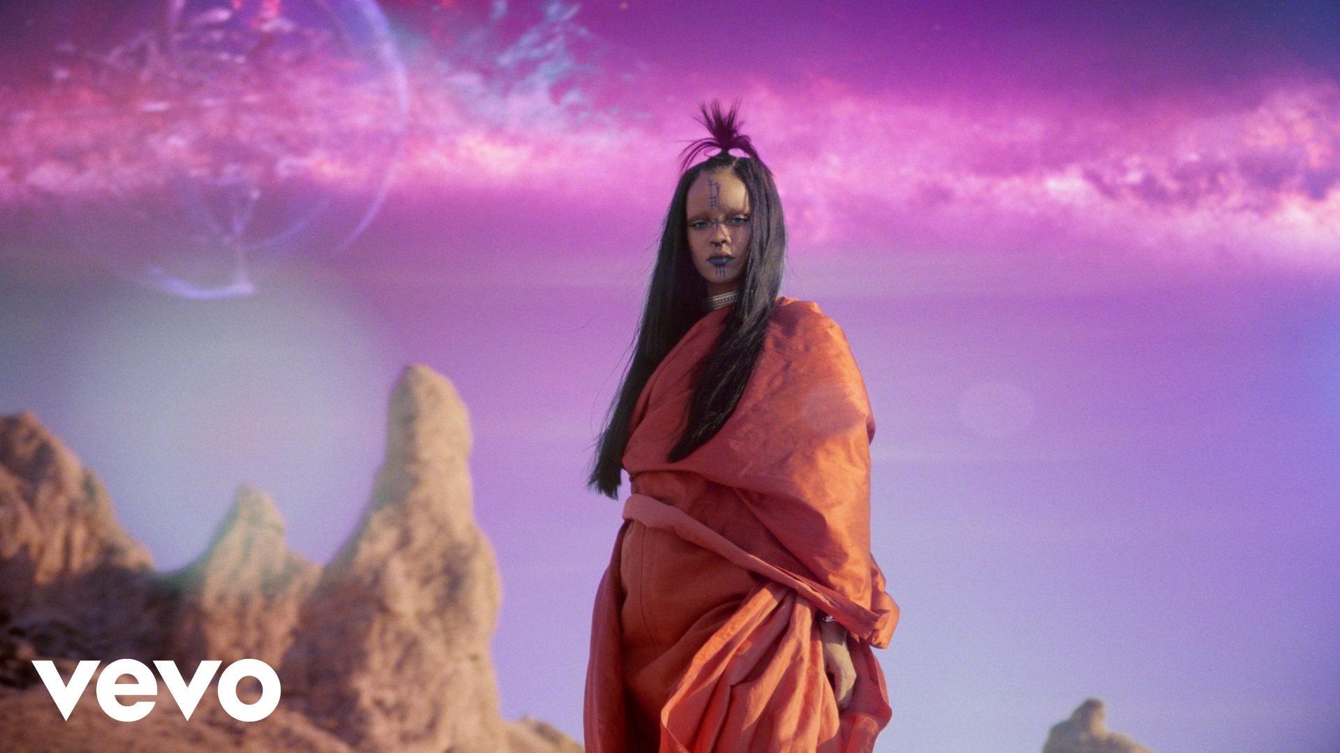 Rihanna - Sledgehammer Video