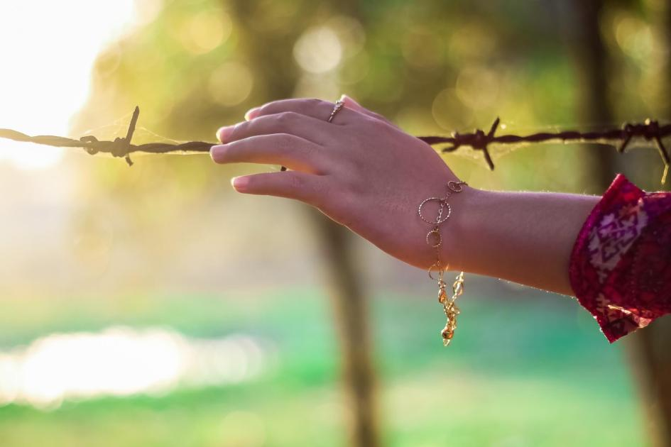 nature-hand-natural-people-37826