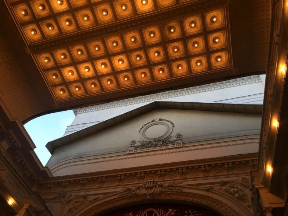 Tavanul retractabil al Teatrului Odeon