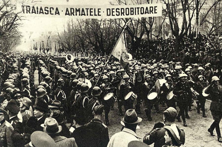 https://i2.wp.com/www.danbadea.net/wp-content/uploads/2013/06/Armata_romana_defileza_la_Chisinau.jpg