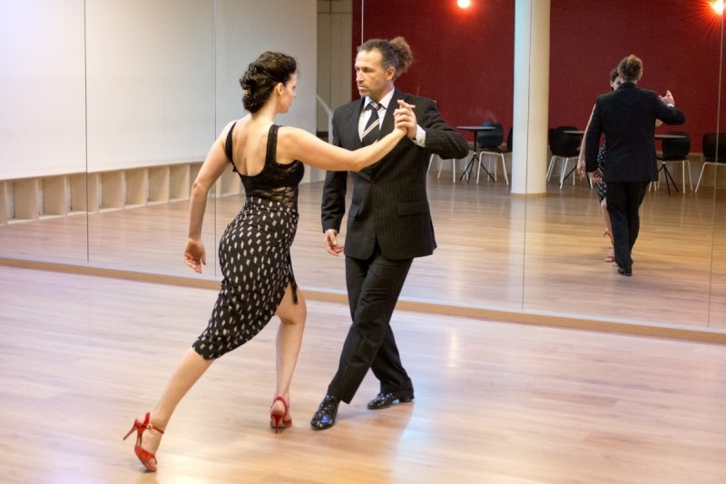 Tango.2.jpg