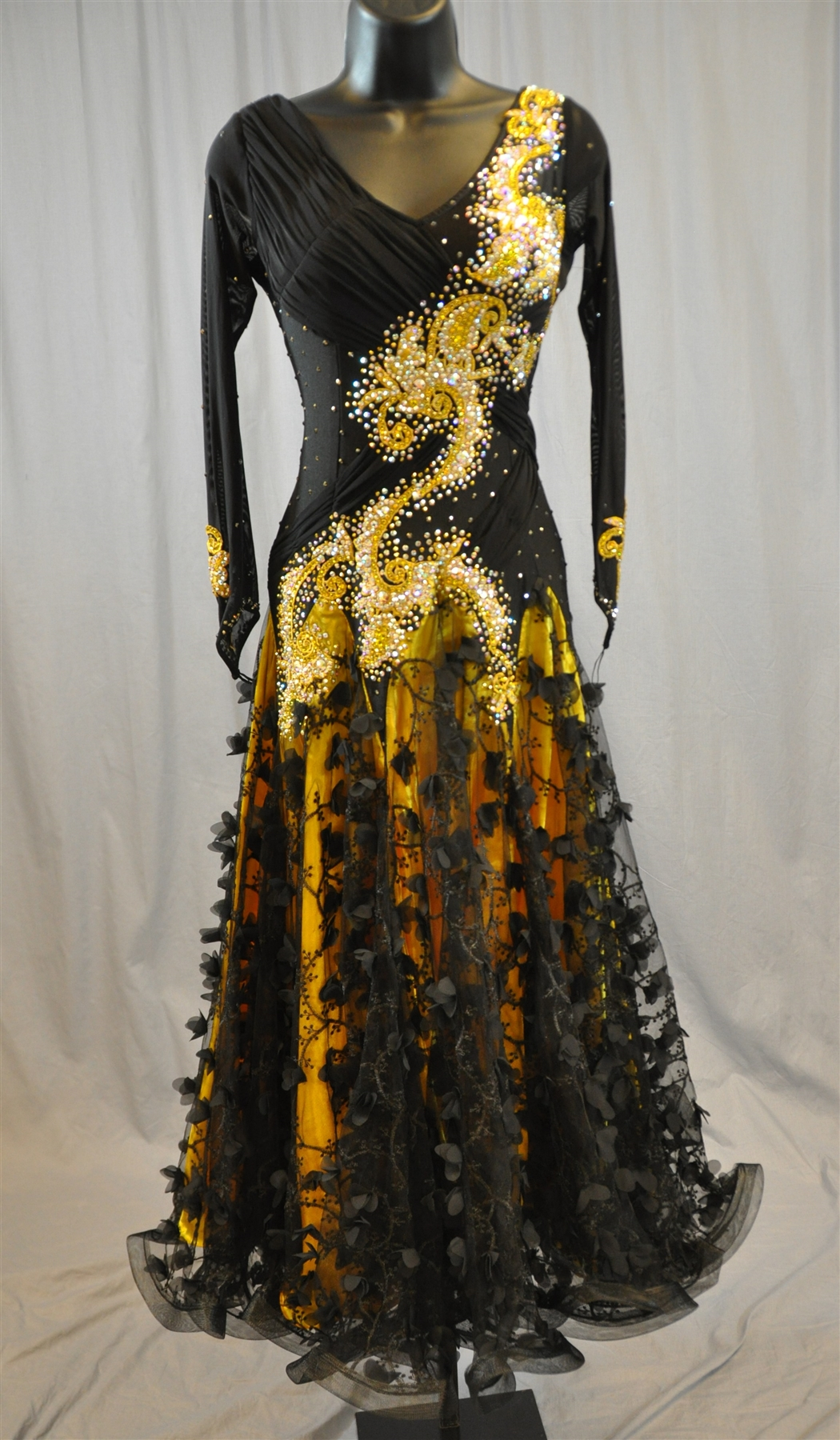 Elegant Black And Gold Long Sleeves Ballroom Dress