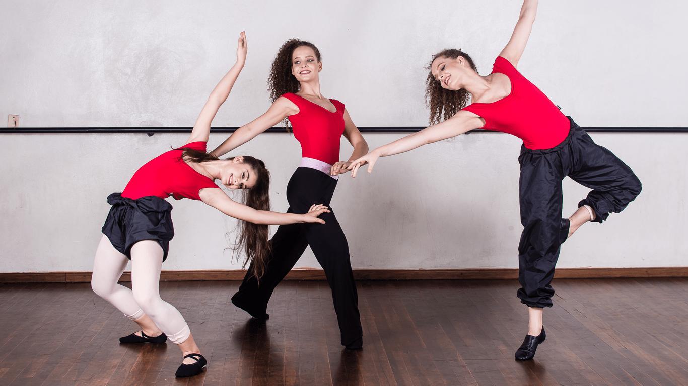 roupas-de-aquecimento-para-bailarinas-e-bailarinos-dancin