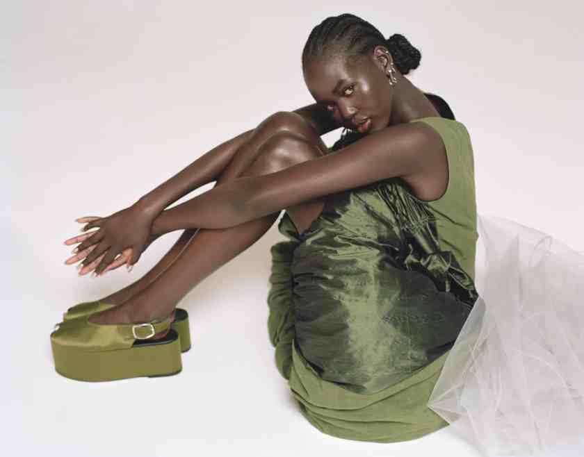 female influencers fashion beauty