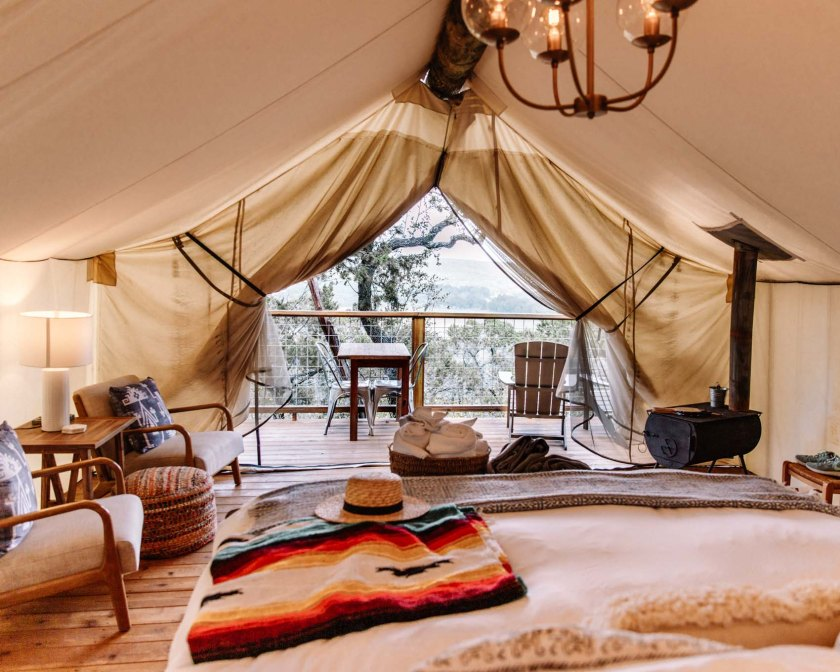 Luxury travel vacation destinations for the best post-pandemic romantic glamping trip