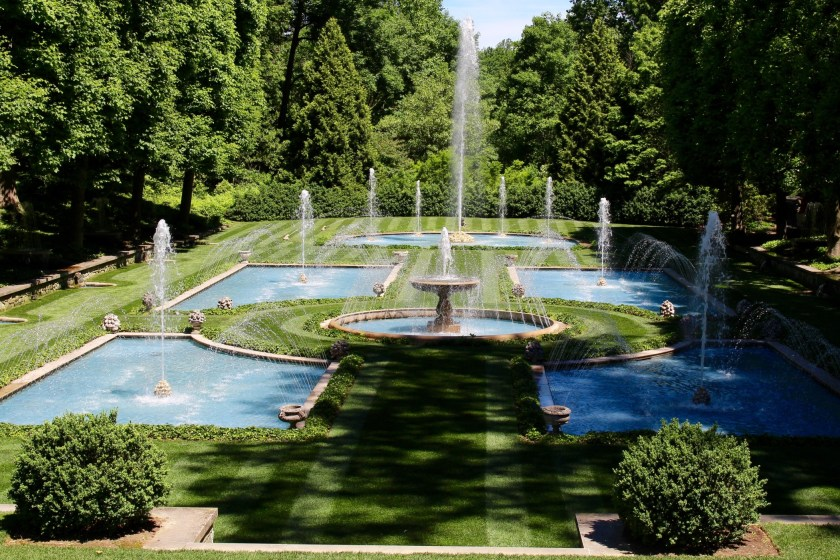 the 10 most beautiful and romantic gardens in America that are the best for a family or even a solo visit this summer 2021.