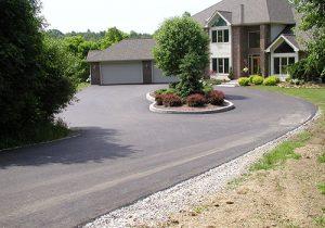 driveway-asphalt-paving