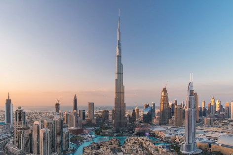 Burj Khalifa reaches for the sky   Danfoss