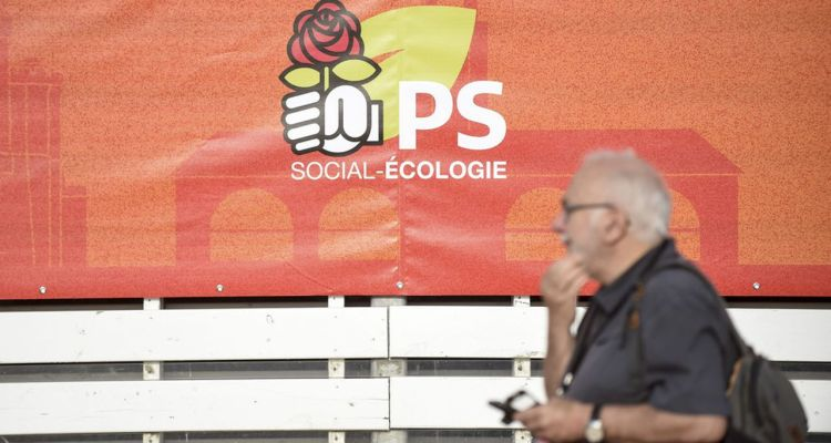 A man walks past the logo of the French socialist party (PS)   during the socialist party summer camp in La Rochelle, on August 24 2019.//SALOM-GOMIS_ps002/1908241056/Credit:SEBASTIEN SALOM GOMIS/SIPA/1908241058