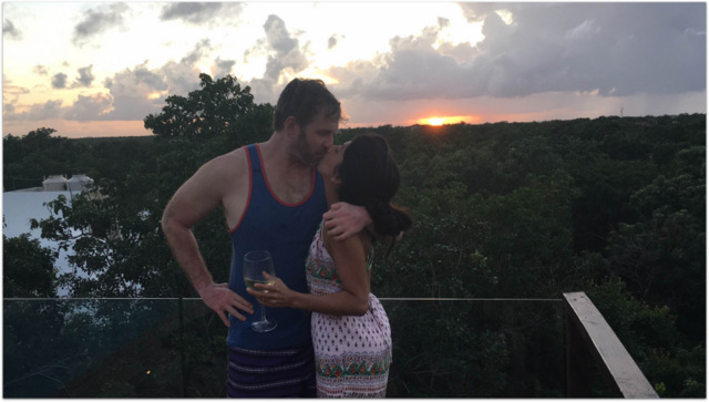 How old is Mike Cernovich