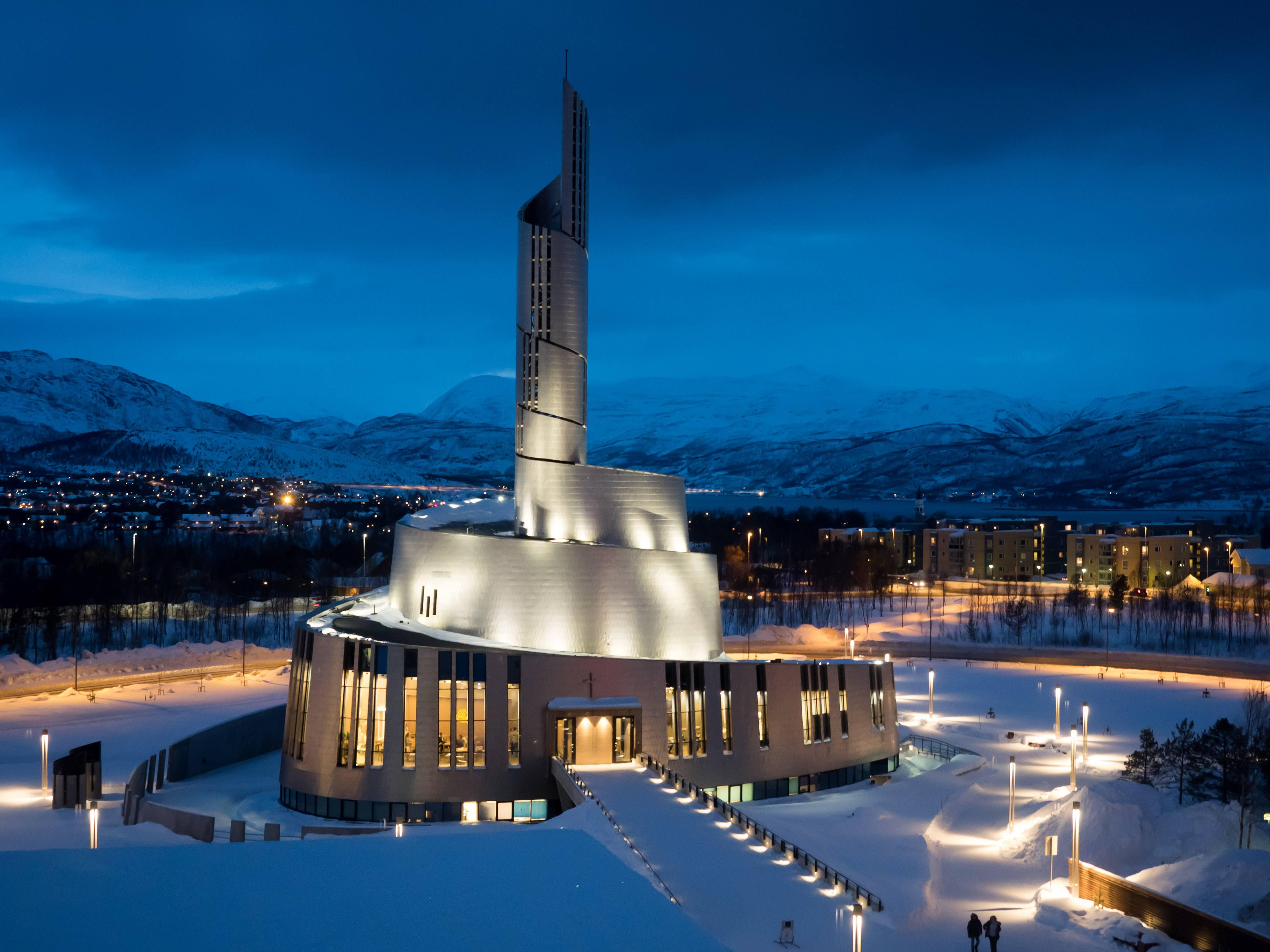 Best Time Norway Northern Lights Visit