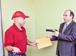 Man holding gun on a messenger