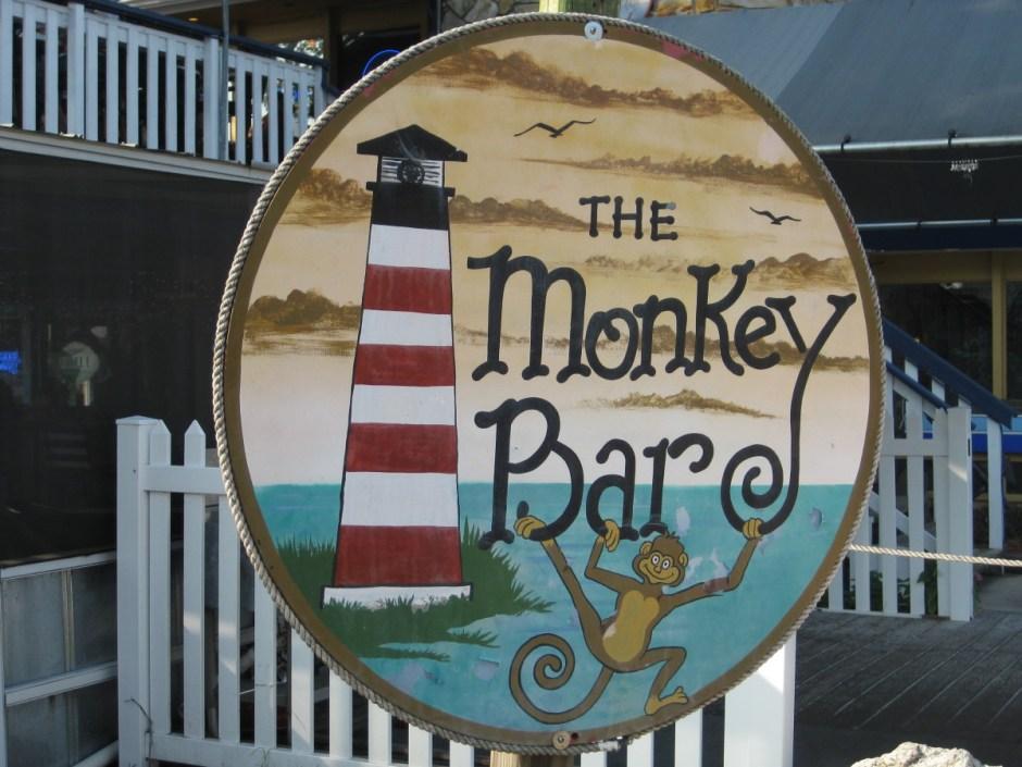Monkey Bar in Homossasa, FL