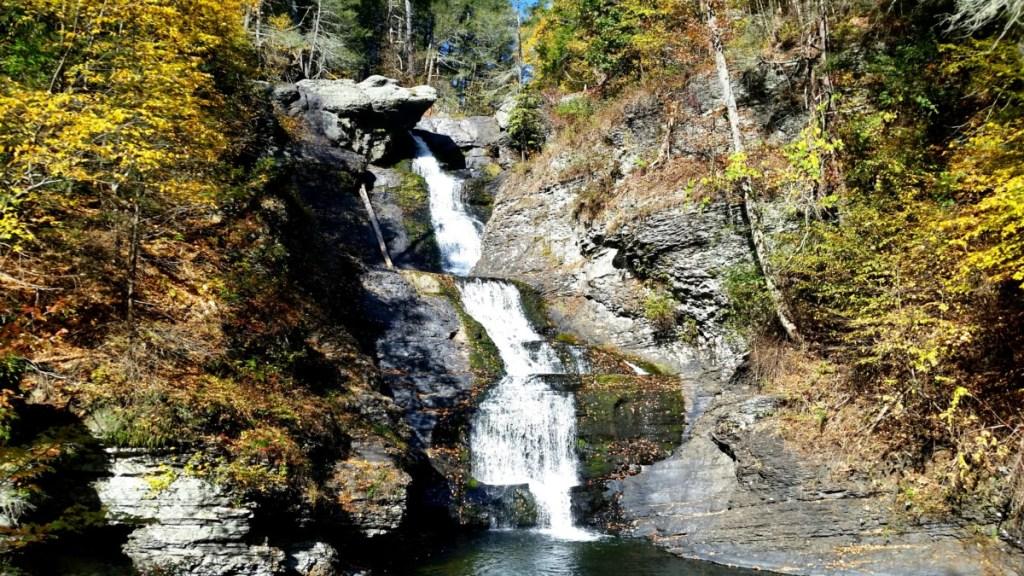 Raymondskills FallsFall Foliage Pocono Mountains