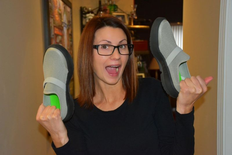 Are you tired of dealing with foot pain? These Plantar Fasciitis shoes are now my go-to travel shoes for comfort and recovery.